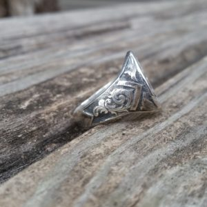 Hand Engraved Past Masters Mason Ring (3)